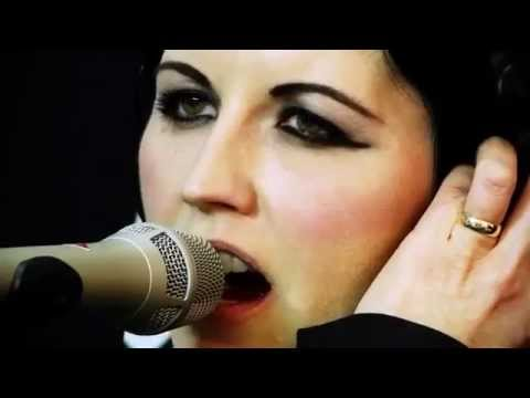 The Cranberries - Linger, Raining In My Heart, Tomorrow Live acoustic
