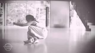 Floorwork contemporary dance technique