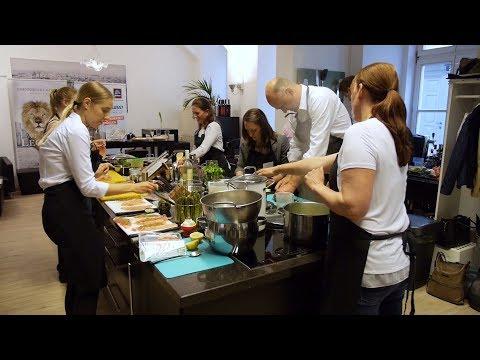 Karriereküche: Gemeinsames Kochen statt Vorstellungsgespräch