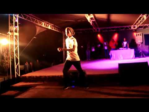 BOLOBEDU  Zillahpark Lodge Gardens Celebration Party 2017 King Monada rocking