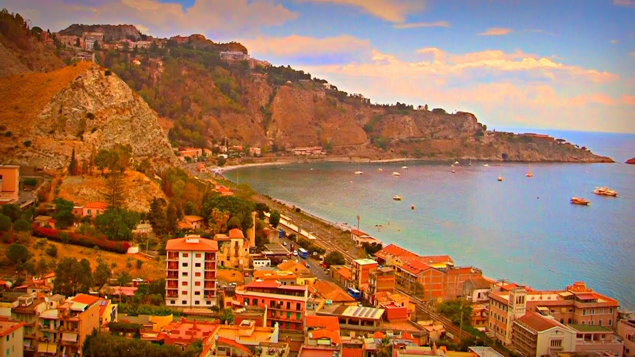 Walking in the Sicilian mountains - Giardini Naxos / Taormina, Sicily ...
