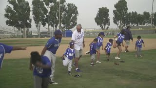 Major League Baseball Hall of Famer George Brett Holds Clinic In Inglewood