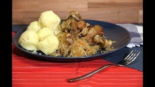 Утка с квашенной тушеной капустой и картошкой.  Kraut mit Fuzher.