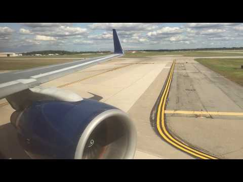 Delta Airlines Boeing 757-300 (Winglets) Landing + Taxi at Detroit Metropolitan Wayne County Airport
