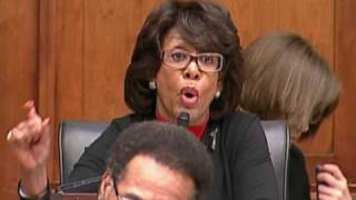 Maxine Waters Spars With Bernanke