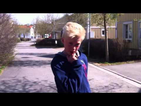 Hannes sjunger asbra!