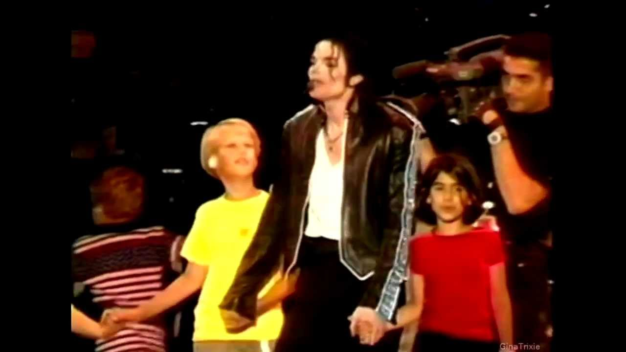 Download Michael Jackson-Heal The World