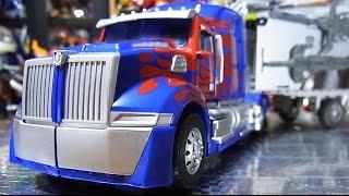 よみがえるTRANSFORMERS バトルコマンドオプテイマスプライム Optimus Prime