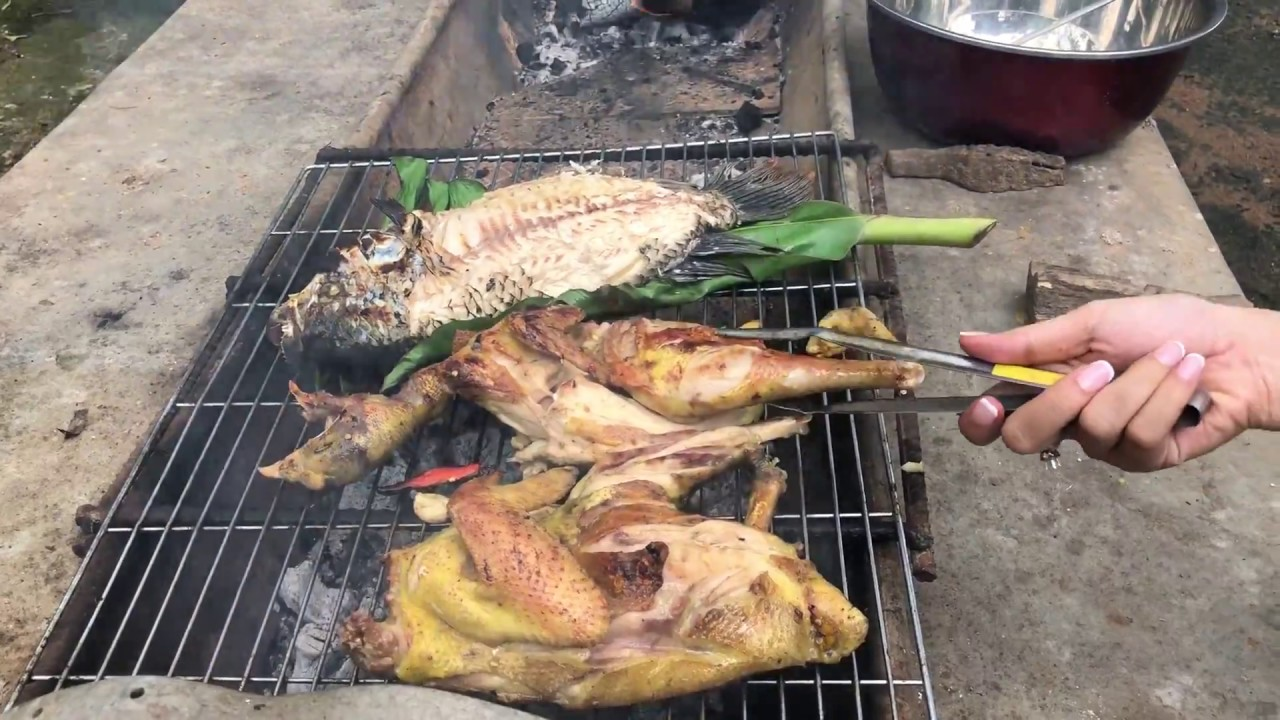 Food For Good #3: Gà ta nướng muối ớt ngon tuyệt – Roasted Chicken with chili salt | by Mr. Durian