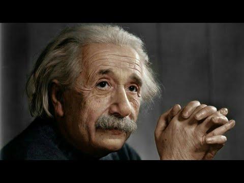 Albert Einstein life biography