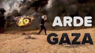 VIDEO REPORTAJ. O ploaie de gaze lacrimogene îneacă protestul palestinienilor din Fâșia Gaza