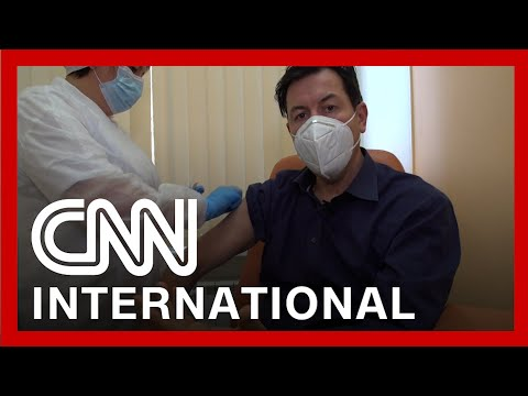 CNN reporter receives Russia's Sputnik V vaccine