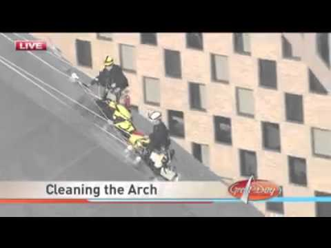 How The St. Louis Arch Is Cleaned. This Has To Be The Worst Job EVER!