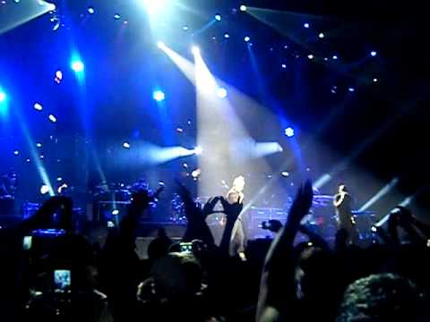 Jay-Z and Mr Hudson live @ LG Arena Birmingham 2010~ Forever Young
