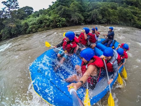 Bhutan 2016: Crazy Youngsters go River Rafting