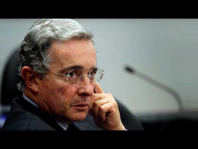FORO: Persecución política contra el ex presidente Álvaro Uribe Vélez