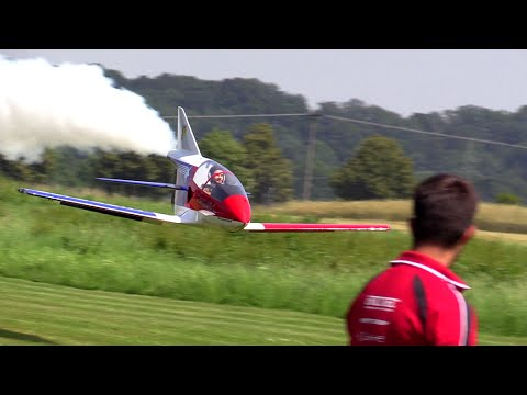 Giant BD-5J - Extreme Low and Fast