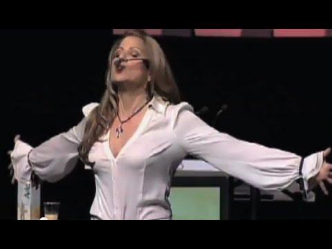 Maria Marin: Best Latino Motivational Speaker | El Empujoncito