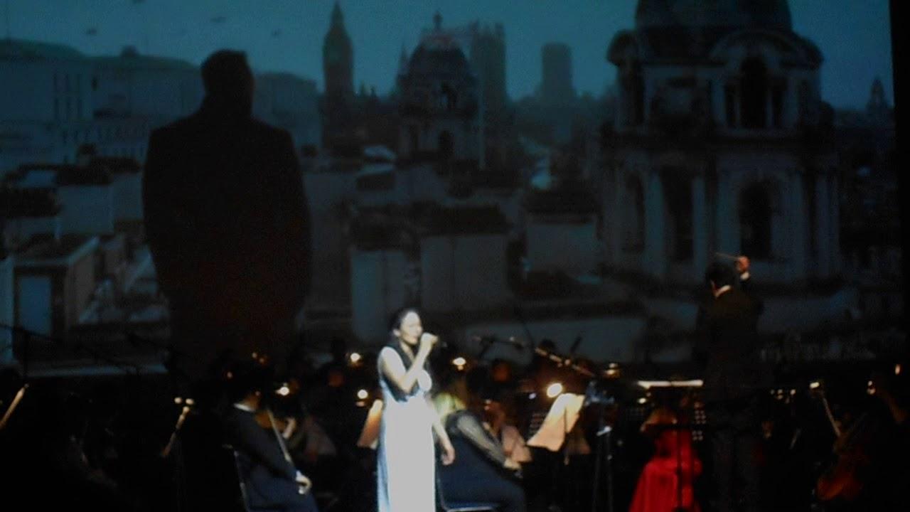 Soundtrack en vivo de 007 Skyfall #1