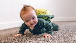 NiKO LEARNS TO CRAWL - new Family Night routine with baby brother ?