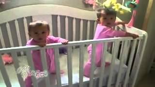 Смешное видео Феномен близнецовMusVid net)...