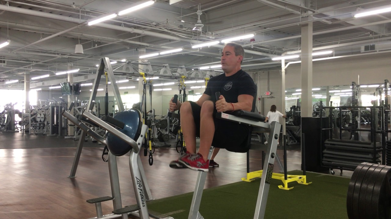 Captains chair leg raise - Captain S Chair Leg Raise