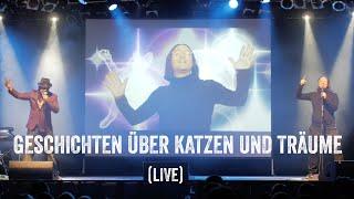 Geschichten über Katzen und Träume (live in München)