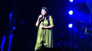 Download 'Yaariyan' - Cocktail ; Sunidhi Chauhan Concert 2012 (Melbourne) MP3 song and Music Video