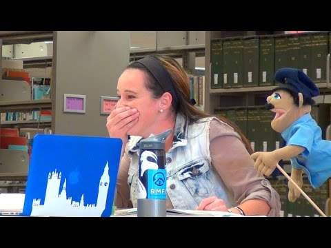 Download Youtube: PUPPETS IN THE LIBRARY!!
