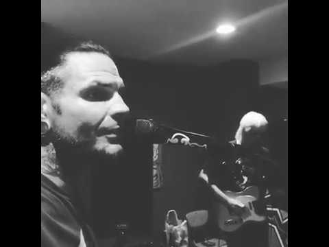 Jeff Hardy singing No More Words || 2018