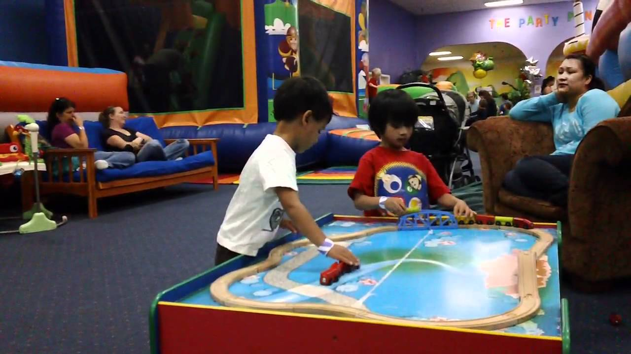 20120526 Froggs Bounce House Youtube