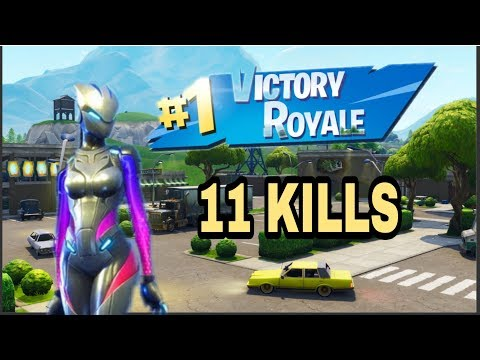 Fortnite Mobile (IPad air 2) 11 kills Victory Royale