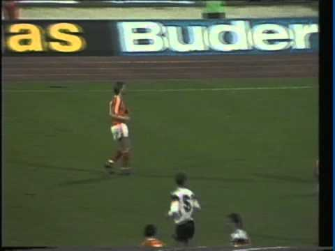 1988 (October 19) West Germany 0-Holland 0 (World Cup Qualifier).mpg
