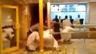 Hungry Crowd at #AlBaik Restaurant. 🤣🤣