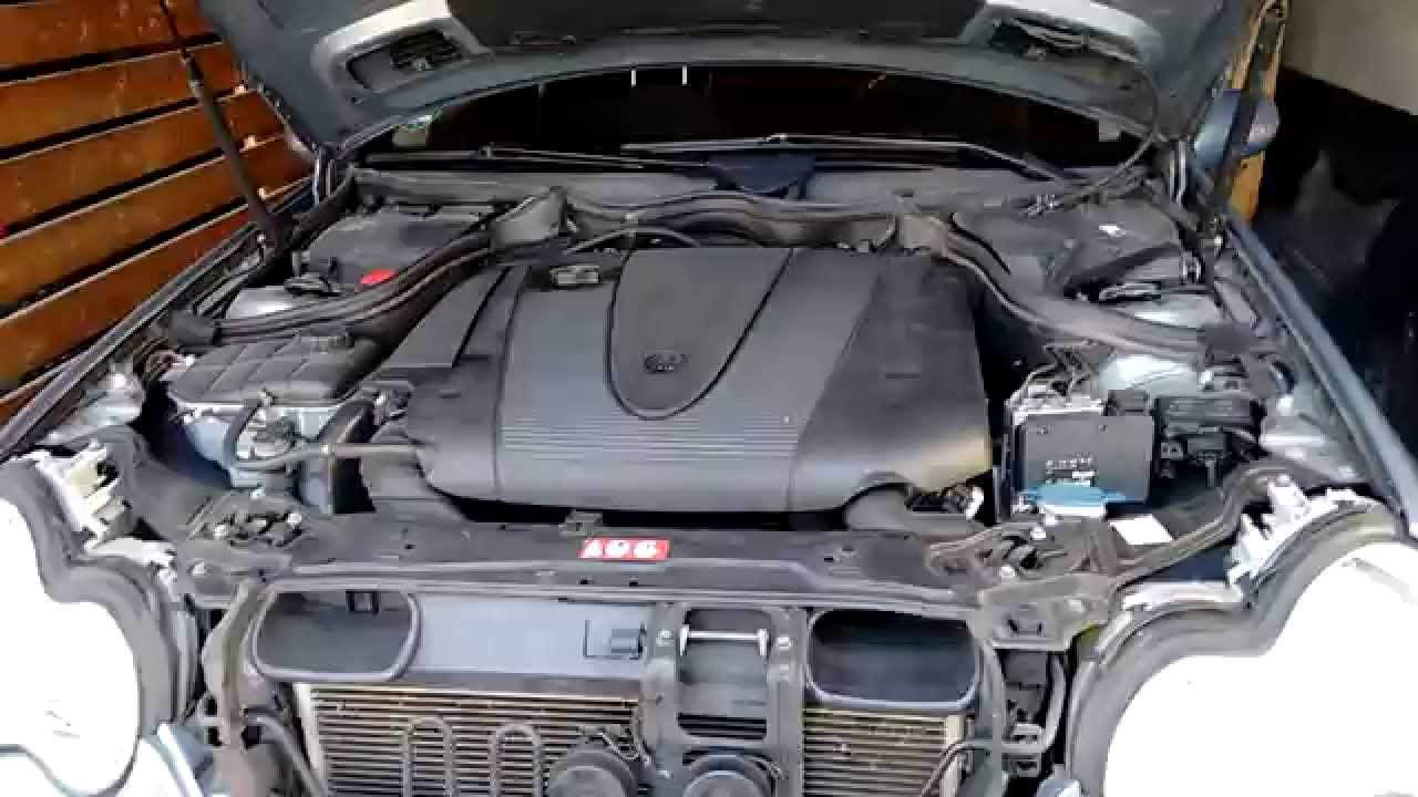 Easy Engine Oil Change  Mercedes C Class w203 220 CDI