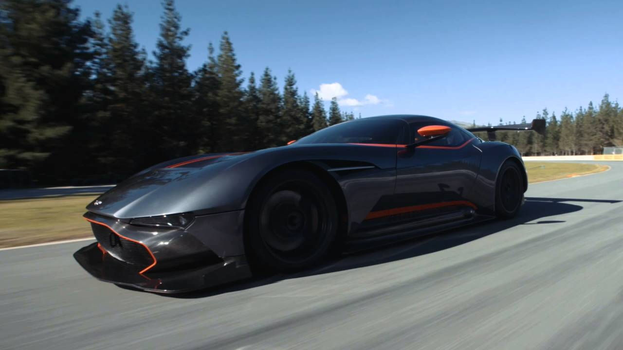 aston martin vulcan highlands motorsport park new zealand youtube. Black Bedroom Furniture Sets. Home Design Ideas
