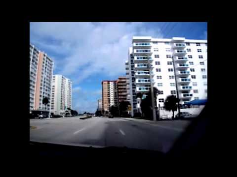 Driving North on Ocean Drive (Route A1A) in Hollywood, Florida (December 2013)