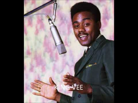 Johnnie Taylor  -  Somebody's Sleeping In My Bed