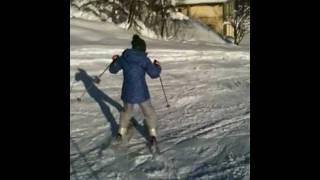 天気が良いのでせっかくだから今回が2回目となるスキー初心者の芹奈(...