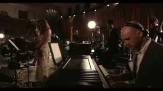 """Above & Beyond Acoustic - """"satellite / Stealing Time"""" (español)"""