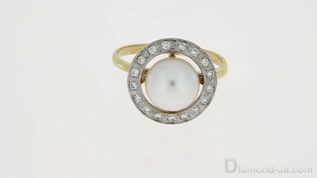 Золотое кольцо с бриллиантами и жемчугом
