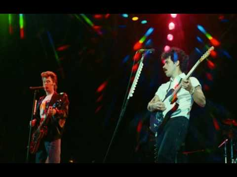 Did It In A Minute - Live (Baltimore 1982)...