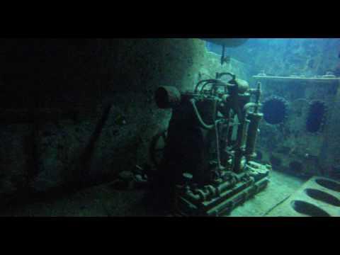 Diving @ USS Kittiwake, Seven Mile Beach @ the Grand Cayman's Pt.1