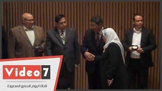 تكريم أسر شهداء الجيش والشرطة بجامعة عين شمس