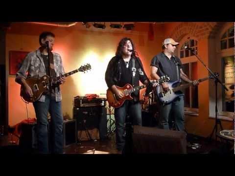 "Tom Gillam Band ""Dallas"" - live @ Wunderbar Weite Welt, Eppstein, Germany, Nov. 2012"