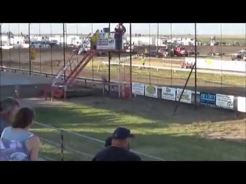 Steven Richardson /7-10-2015/URSS Sprint Cars/ Wheatshocker Nationals heat race at Wakeeney Speedway