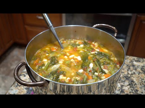 Italian Grandma Makes Minestrone Soup