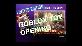 Limited Editon Comic Con Roblox Toy Opening