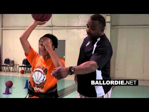 Dallas Basketball Trainer: Stevin Hedake Smith trains Kennedy and Celeste - BallorDie