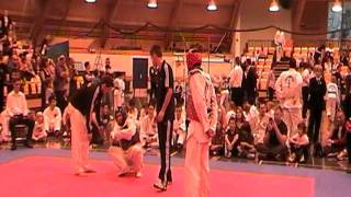 Alan Dunsmuir vs Chu Mu Yen Round 3